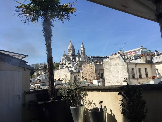 Room in a Lovely House with Rooftop in Montmartre - Paris - Haus