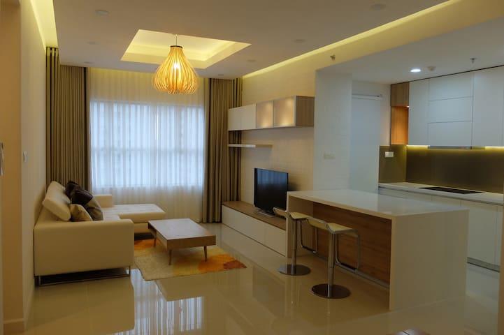 Sunrise city - 2BD apt w pool - Ho Chi Minh City - Lakás