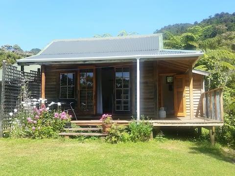 Opua Garden Cottage