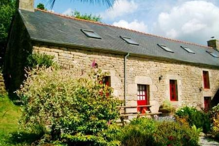 Mimosa Lodge - Morbihan, Brittany - sleeps 10/11