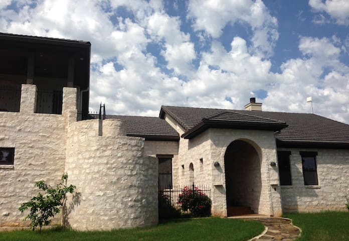 Hill Country Luxury