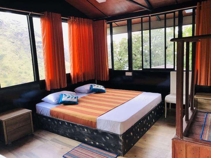 Deluxe Double Room at Ella Deck Resort