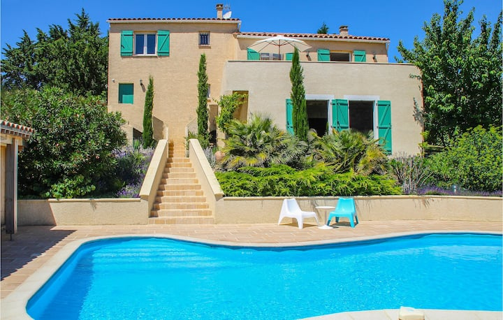 Amazing home in Caunes Minervois with Outdoor swimming pool and 4 Bedrooms