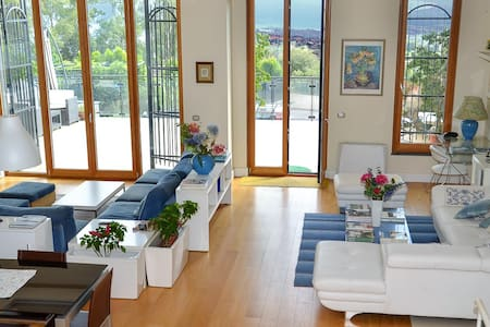 Stylish and new villa - San Giovanni la punta