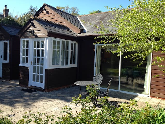 Lovely cottage in the New Forest - Redlynch - Rumah