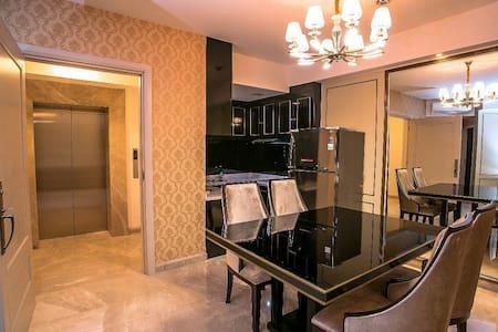 The Peak 2 BR Luxury Apartment in Surabaya