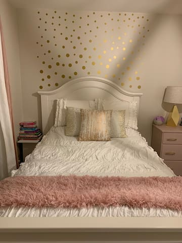 Very comfortable double bed with pillow top mattress, ample pillows and blankets.