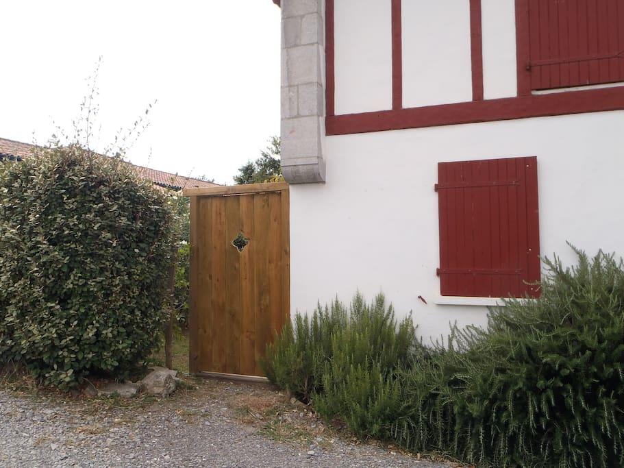 L'entrée principale.