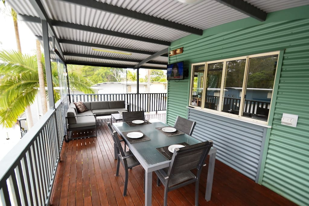 Outdoor dining and TV