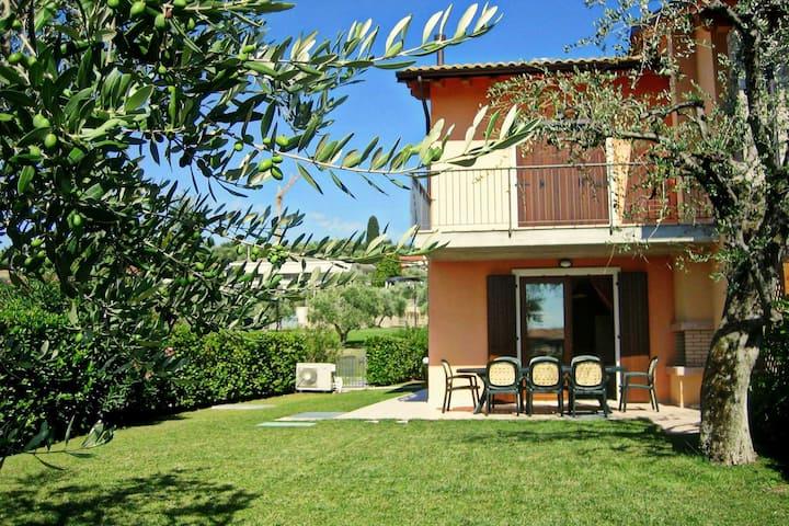 Ferienwohnung in ruhiger Atmosphäre nahe dem Gardasee