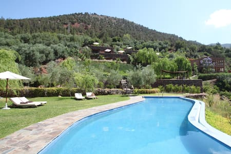 Kasbah Africa - Retreat in Hills Outside Marrakech