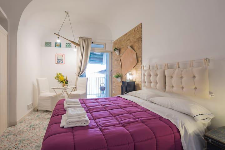 La cabina del capitano.Romantic room. Casa Tipica - Atrani - Dom