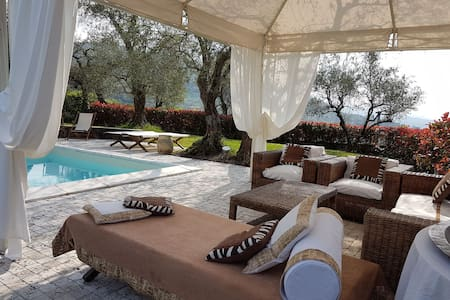 villa whit pool  - La spezia - 別荘