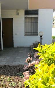 Roxy's house  CIR 012119-CNI-00001