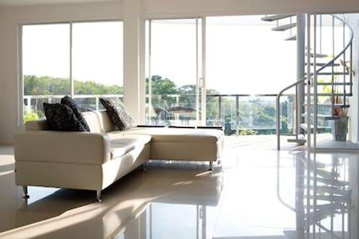 Fantastic Penthouse Apartment Koh Lanta,Thailandd