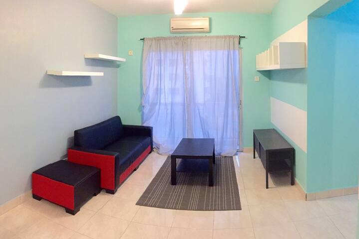 Anggunpuri condominium