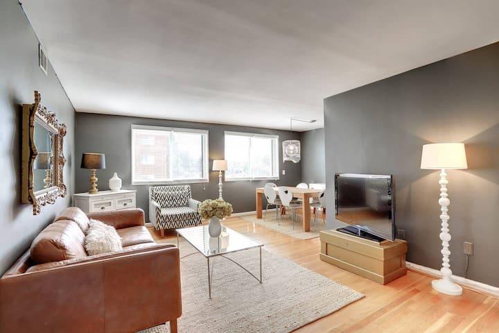 Sojourn | Turnkey Luxury | Stylish Arlington Abode