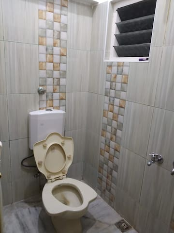 2 in 1 WC: Western & Indian type WC
