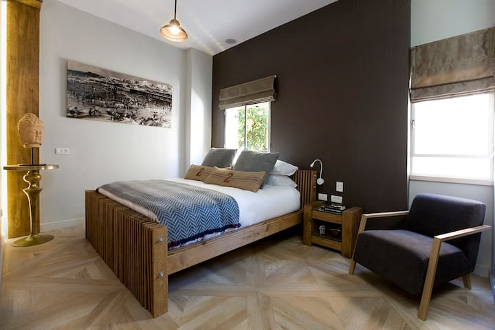 Neve Tzedek Mini Studio Suite Sleep in the Center