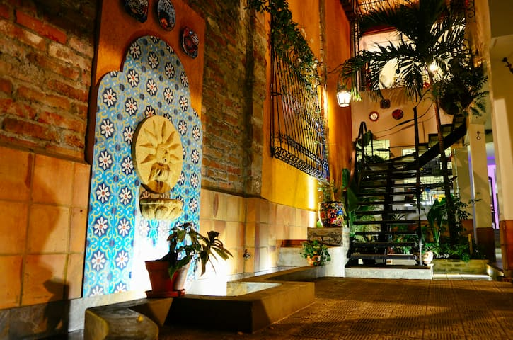 Oriental King Bedroom in Magic Garden House ❤