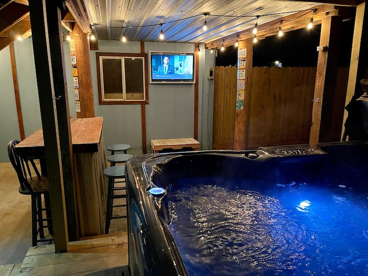 The Sea Glass Retreat - A Surfside Wellness Cabin
