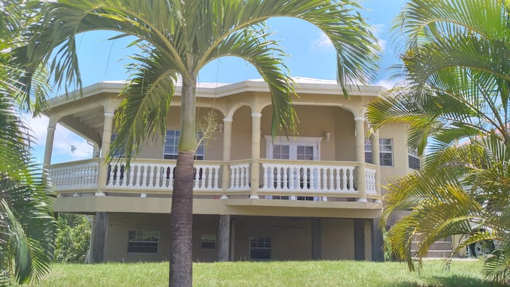 Caribreeze Free Style Vacation Home