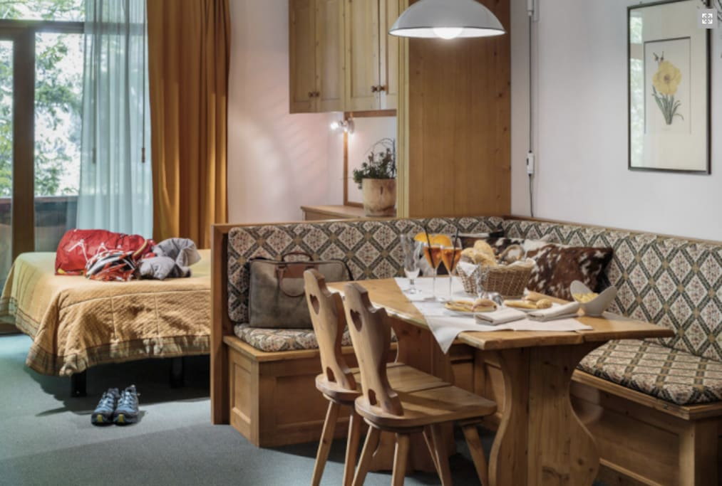 cortina dampezzo latin singles Hotel corona in cortina d'ampezzo on hotelscom and earn rewards nights collect 10 nights get 1 free read 8 genuine guest reviews for hotel corona.