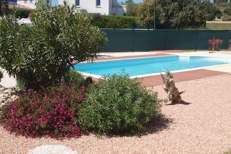 maison et piscine - Nézignan-l'Évêque