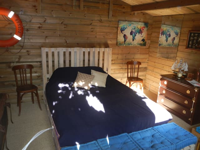 Chalet for 2 pax + breakfast - Saint-Brevin-les-Pins - 木屋