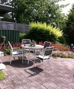 Cosy villa with lovely garden - Hillerød - Rumah