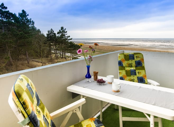 Seaside flat + roofed beach chair - Cuxhaven