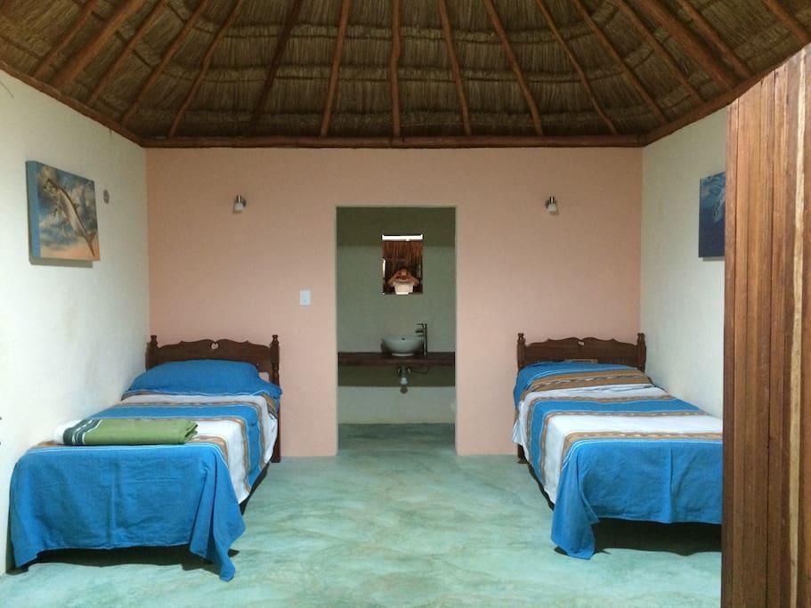 Confortables habitaciones con aire acondicionado