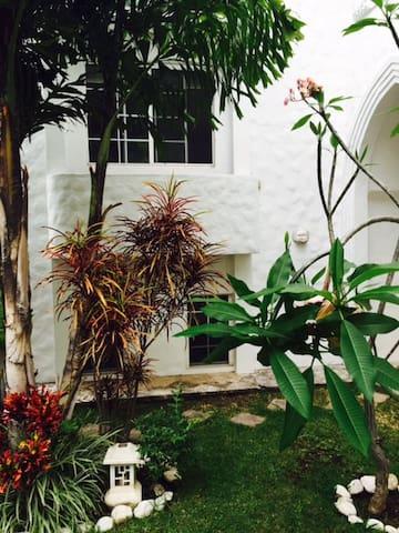Bungalo Exclusive with Security - Cuernavaca - Villa