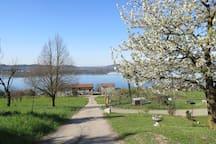 Vista lago in cascina- amazing lake view from farm