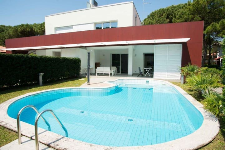 Villa with private pool beachfront - Lignano Sabbiadoro - Hus