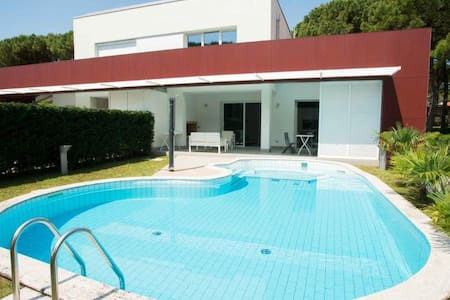 Villa with private pool beachfront - Lignano Sabbiadoro - Rumah