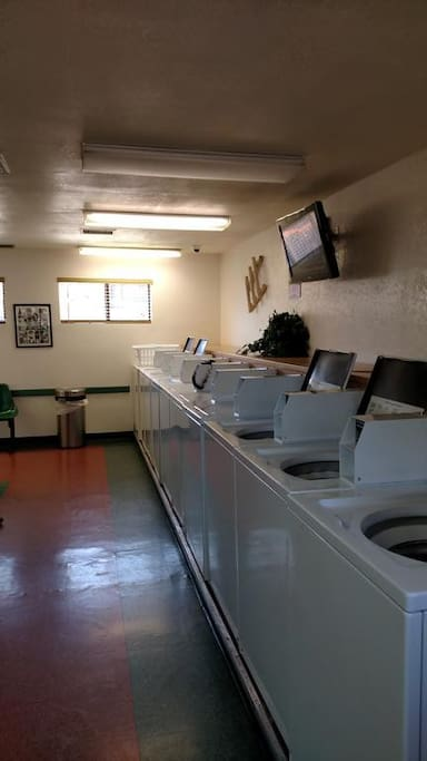 Pay Laundry Room