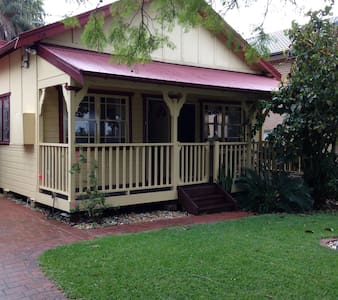 Charming Weatherboard Home - Jannali