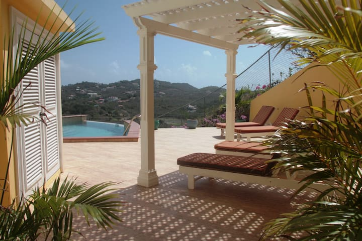 South Sea House Luxurious Apt No 2 - Cap Estate, St. Lucia