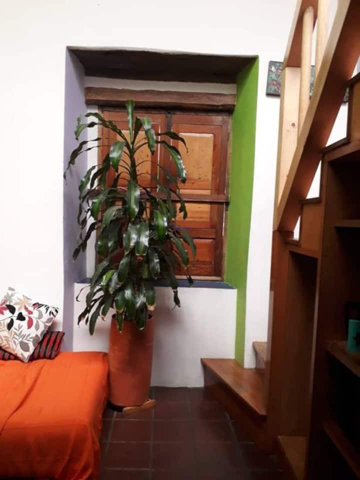 Apartamento independiente - casa Roci