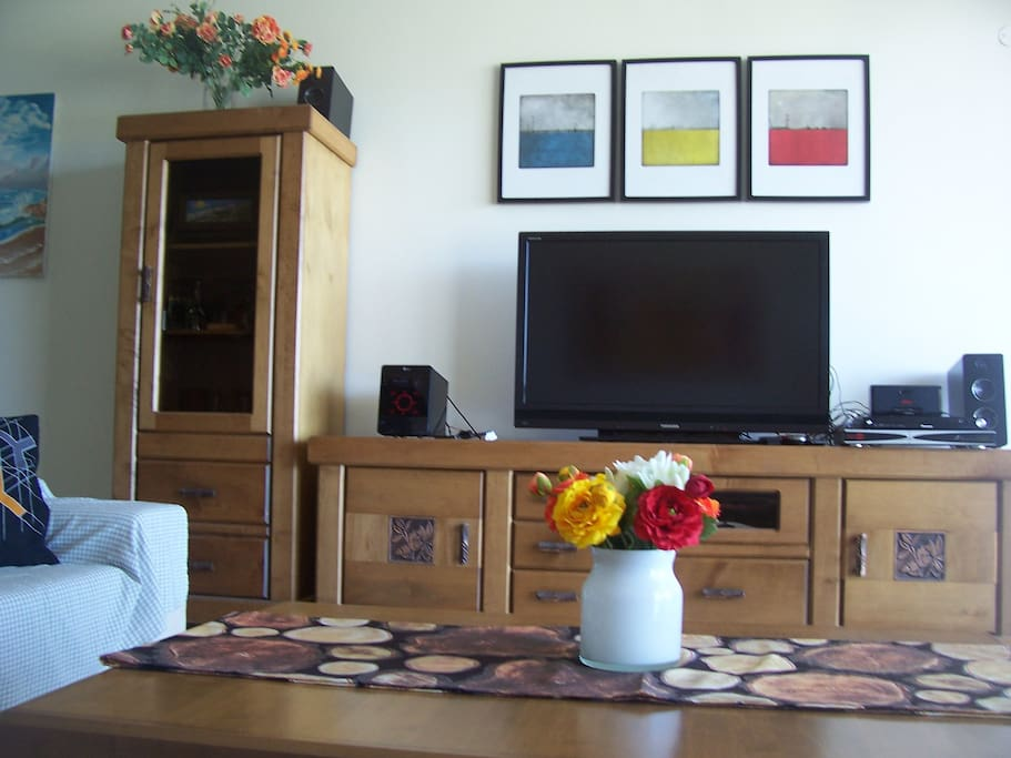 Living Room - Cable TV