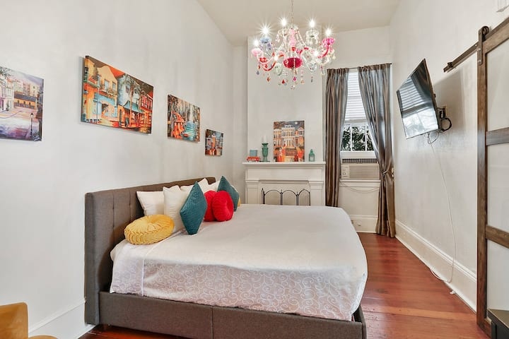 Unique Bedroom for 2 at Historic Marigny B&B - #9