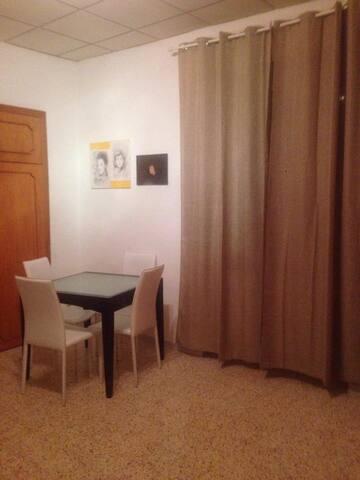 spazio living nella stanza ospiti
