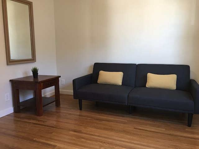 One bedroom in the center of Hillcrest, San Diego.