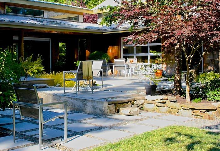 Open house: 3 acre forest/garden - Comox-Strathcona B - Casa