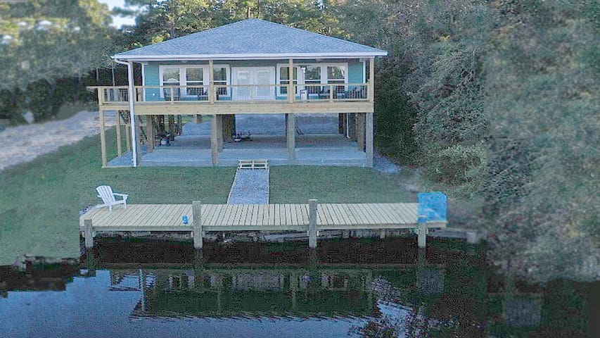 Bayou Reach House with waterfront views