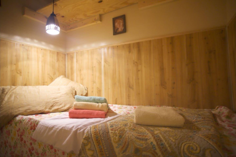 individual mini-pod room