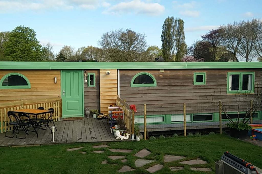 A two story houseboat of app 1300 sqf/130m2