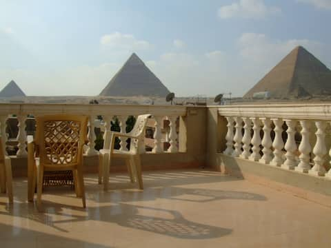 Pyramids view  apartment & tour service