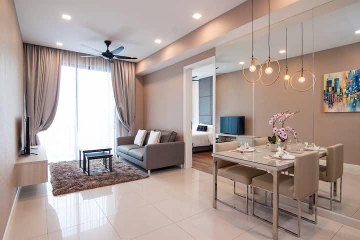 Luxurious 1 Bedroom Apartment in Bangsar